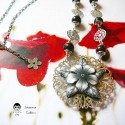 Bohemian retro necklace filigree pendant in rhodium silver color brass, black flower in polymer clay, Joanna Calla