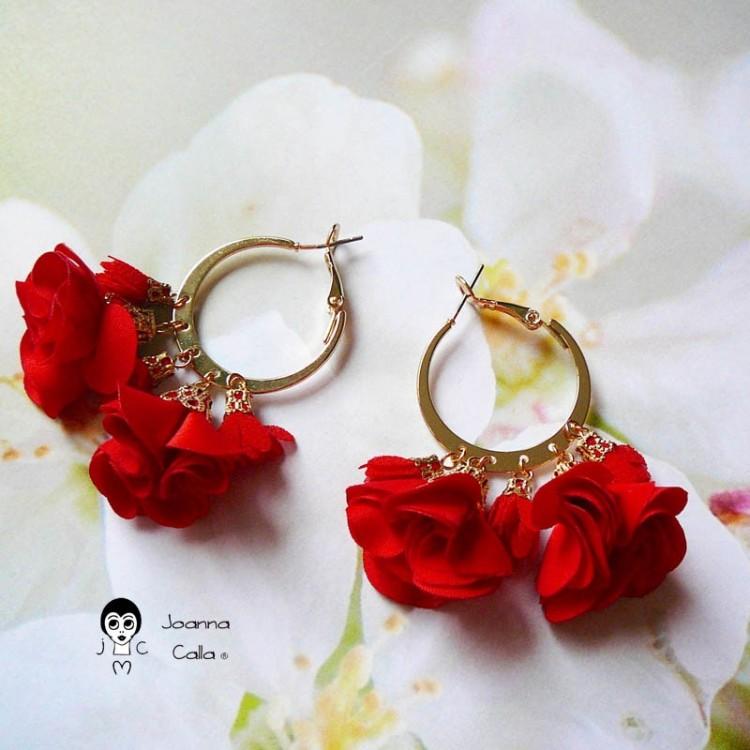 Boucles d'oreilles créoles bohème plaqué or fleur rouge en tissu Joanna Calla