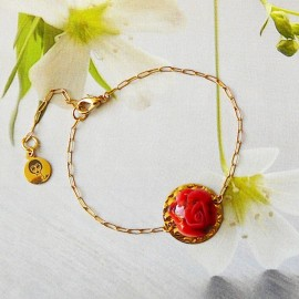 Bohemian floral bracelet in 24K gold-plated brass, red rose flower in polymer clay Joanna Calla