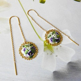 Bohemian floral earrings in gold plated brass, purple flowers in polymer clay, handmade Joanna Calla