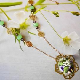 Collier bohème Elaia doré fleurs mauves
