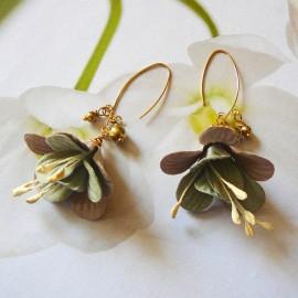 Bohemian golden pendant earrings brown grey Fuchsia