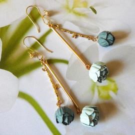 Boucles d'oreilles pendantes Holly pivoine bleue