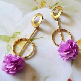 Bohemian stud earrings, long pendant Daisy in gold plated brass, purple flower in cloth, handmade Joanna Calla