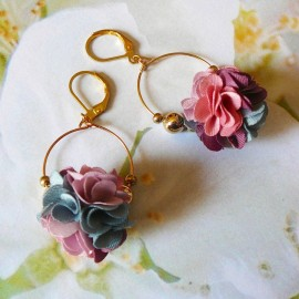 Boucles d'oreilles bohème pendantes Daisy rose gris