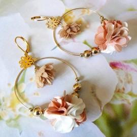 Boucles d'oreilles bohème pendantes Flora marron