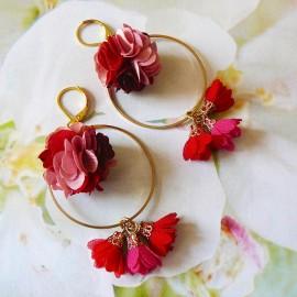Boucles d'oreilles bohème pendantes Flora fleur rose rouge