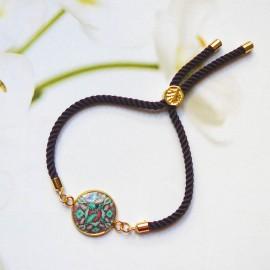Bohemian woman bracelet, adjustable, on purple nylon cord, green purple mandala in polymer clay, handmade, Joanna Calla