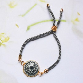 Bohemian woman bracelet, adjustable, on grey nylon cord, black dahlia flower in polymer clay, handmade, Joanna Calla