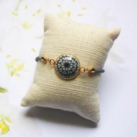 Bracelet cordon gris dahlia noire