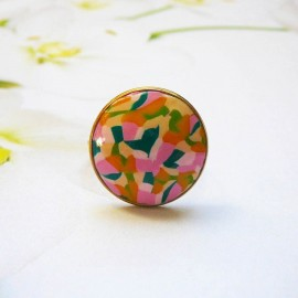 Bohemian ring, in gold-plated stainless steel, pink green abstract in polymer clay, handmade, unique piece, Joanna Calla