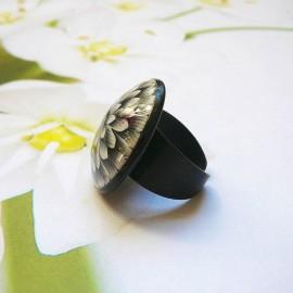 Bohemian round ring black dahlia