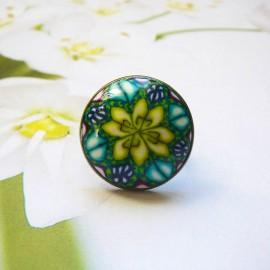 Round bohemian ring, green yellow mandala in polymer clay, unique piece, handmade, Joanna Calla